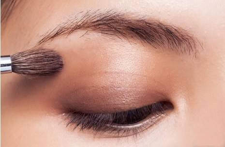 《眼影眼线睫毛化妆》化妆课程