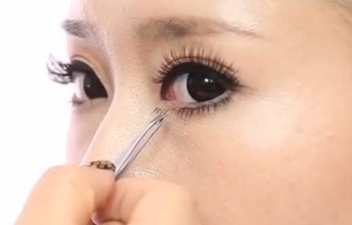 睫毛的修饰(上中下三集)--生活化妆在线课程